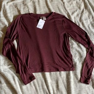 H&M maroon long sleeve crop top